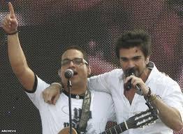 Juan Fernando Velasco y Juanes