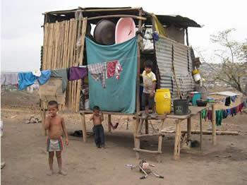 Pobreza se incrementa en Ecuador