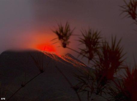 alerta naranja volcan tungurahua