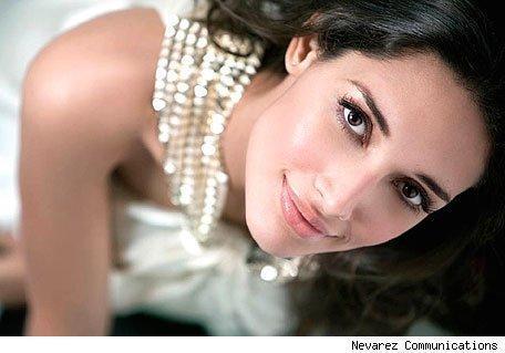 Amelia Vega 2003