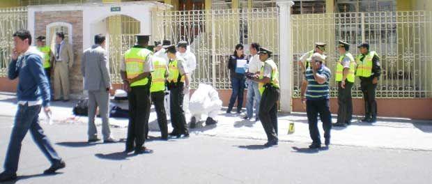 asalta a ciudadano, pese a contar con resguardo policial