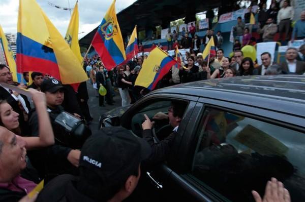 plantón en Quito por la libertad de expresión