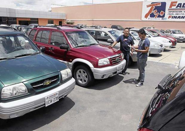 Autos usados en Ecuador suben de precio
