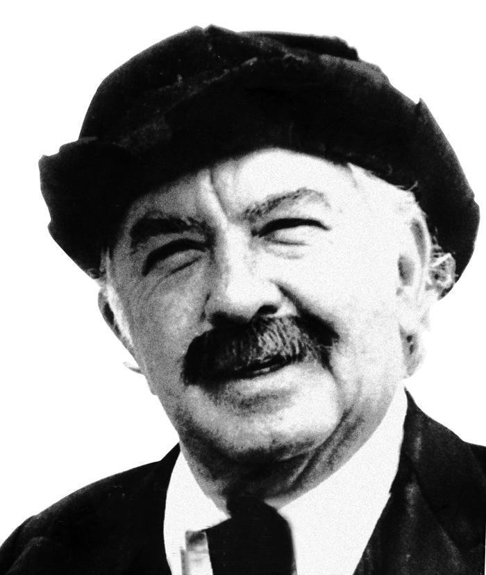 Ernesto Albán Gómez, Evaristo