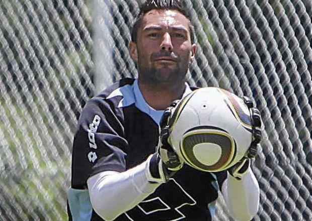 Emelec ficho al arquero argentino Esteban Dreer