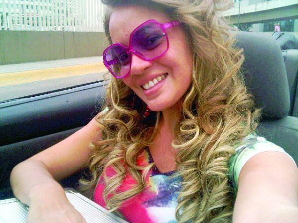 Gineth Moreno sexi