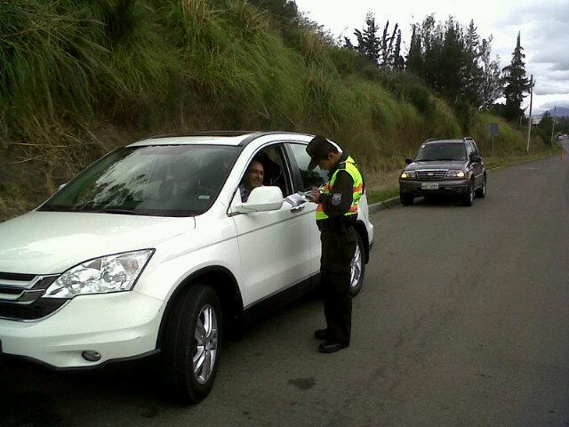 límites de velocidad en Ecuador