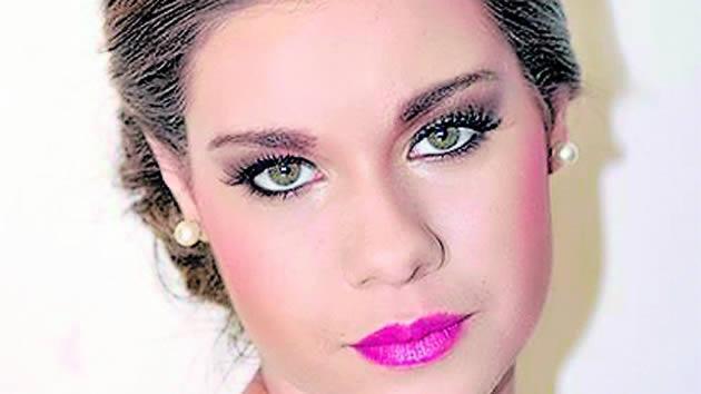 Romina Zeballos hot