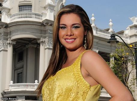 Romina Zeballos es la nueva Reina de Guayaquil 2012