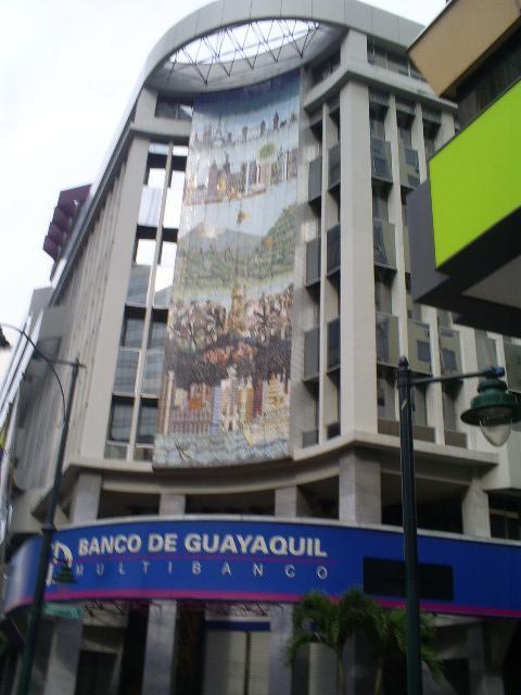 banco de guayaquil multa
