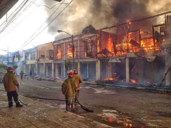 incendio centro esmeraldas