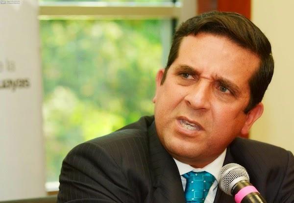 rolando panchana renuncio gobernador guayas