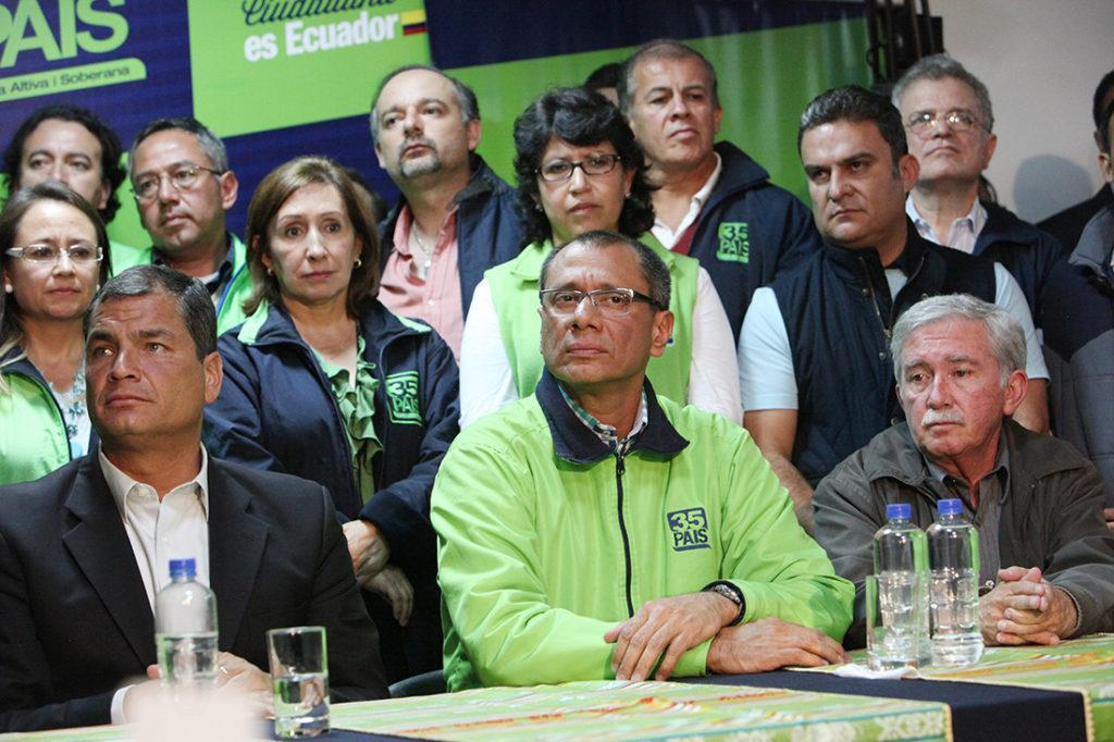cae credibilidad de Correa y Alianza PAIS