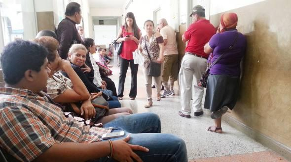 IESS debe 400 millones a clinicas particulares