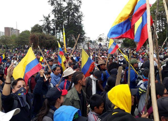 toque de queda en Ecuador
