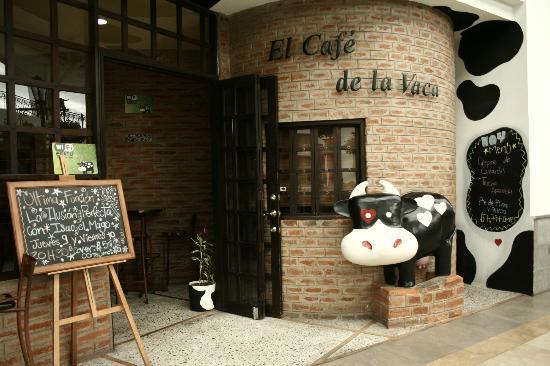 cafe de la vaca despide trabajadores