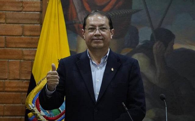 santiago-guarderas-alcalde-quito